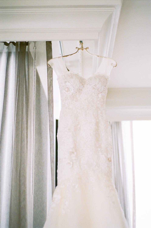 Wedding dress, Gwen Hotel Chicago, Midwest fine art wedding photographer