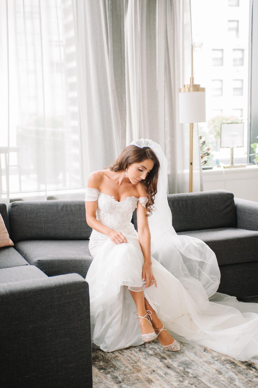 Bride getting ready, Gwen Hotel Chicago, Chicago fine art wedding photographer