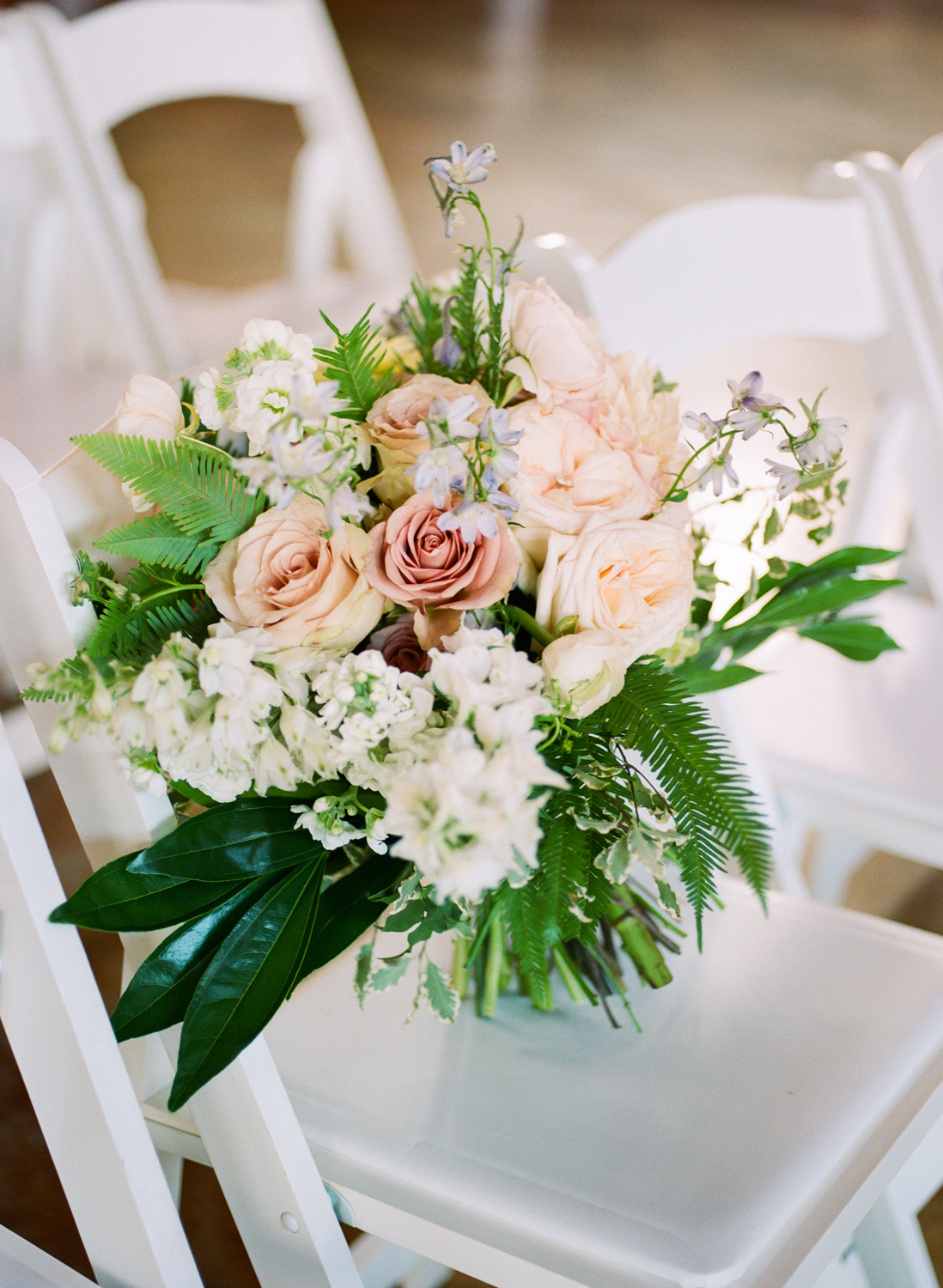 Pink pastel bridal bouquet by Farmgirl Floral and Decor, St. Louis Film Photographer Erica Robnett Photography