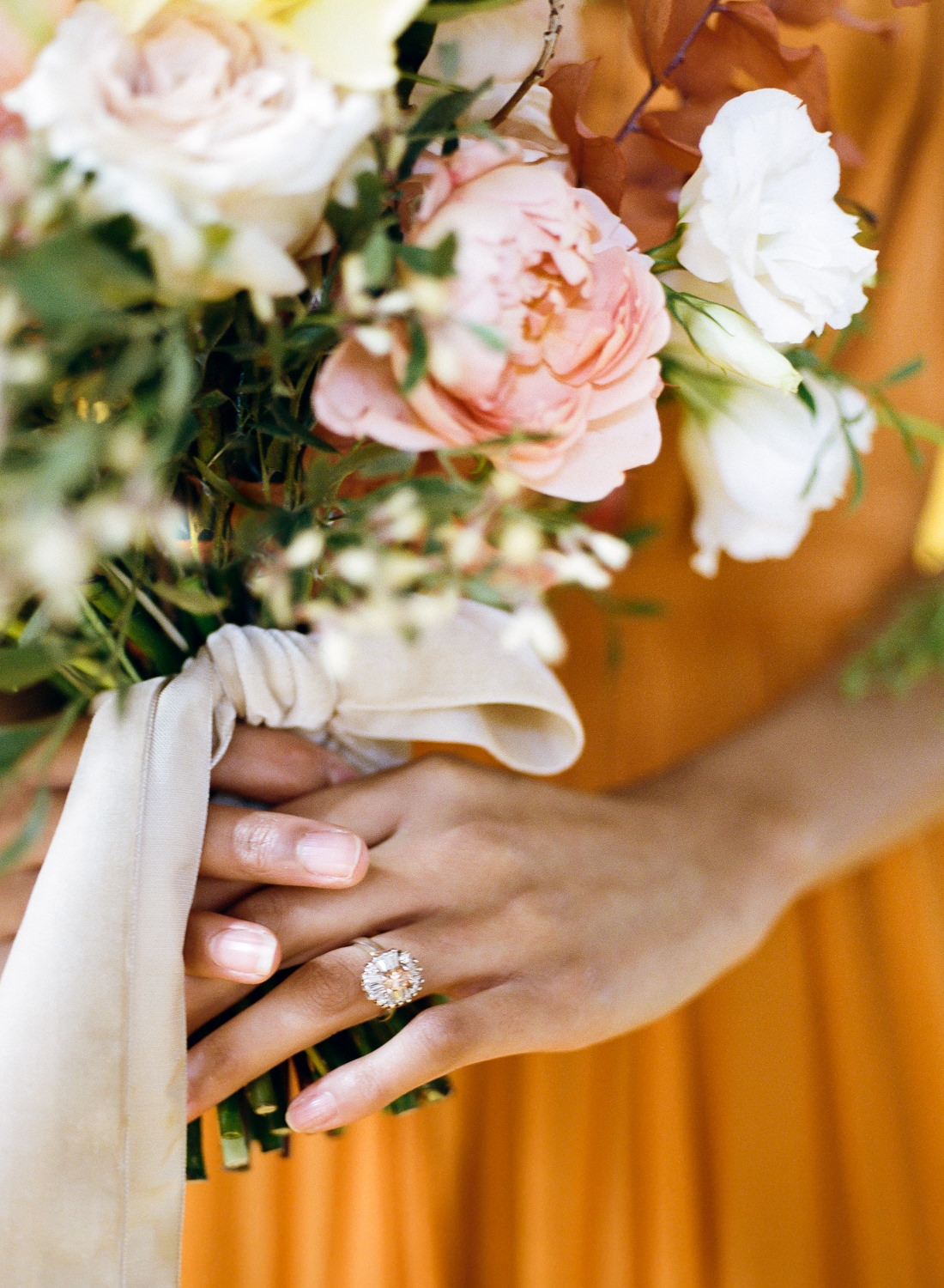Vintage engagement ring and bridal bouquet; St. Louis Wedding Photographer Erica Robnett Photography